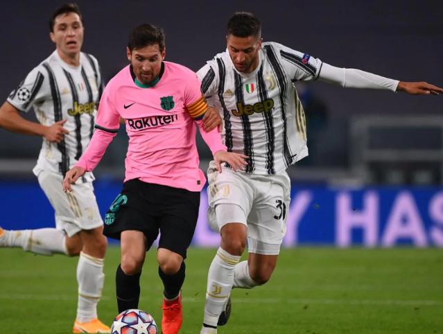 欧冠-梅西传射莫拉塔越位进球帽子戏法 巴萨2-0客胜尤文